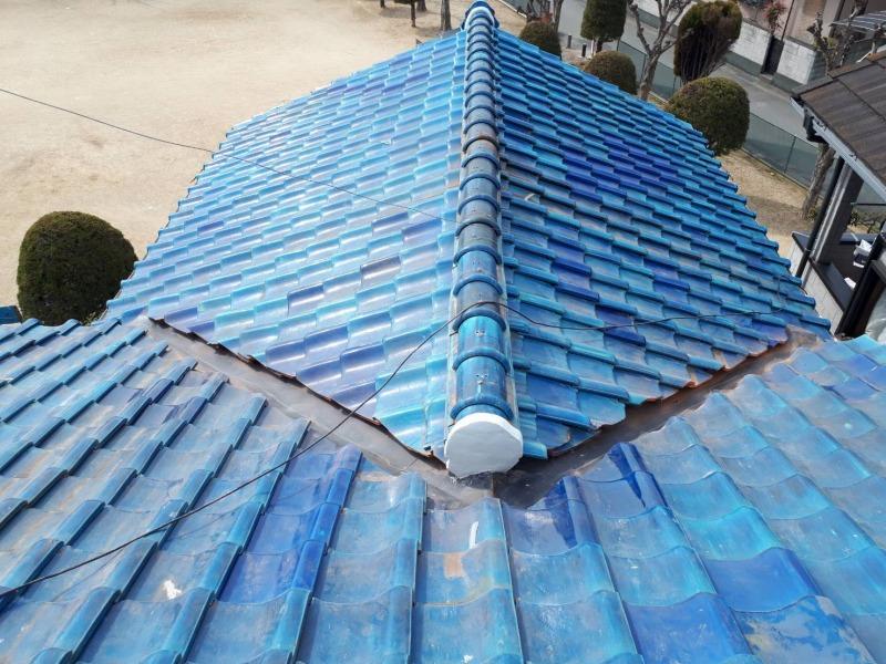 ご家族の新しい門出の前に、気になっていた雨漏りを補修。築40年の和瓦の家。