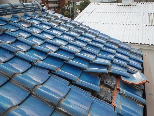 大阪/台風被害 火災保険を使用して屋根の補修を行いました。