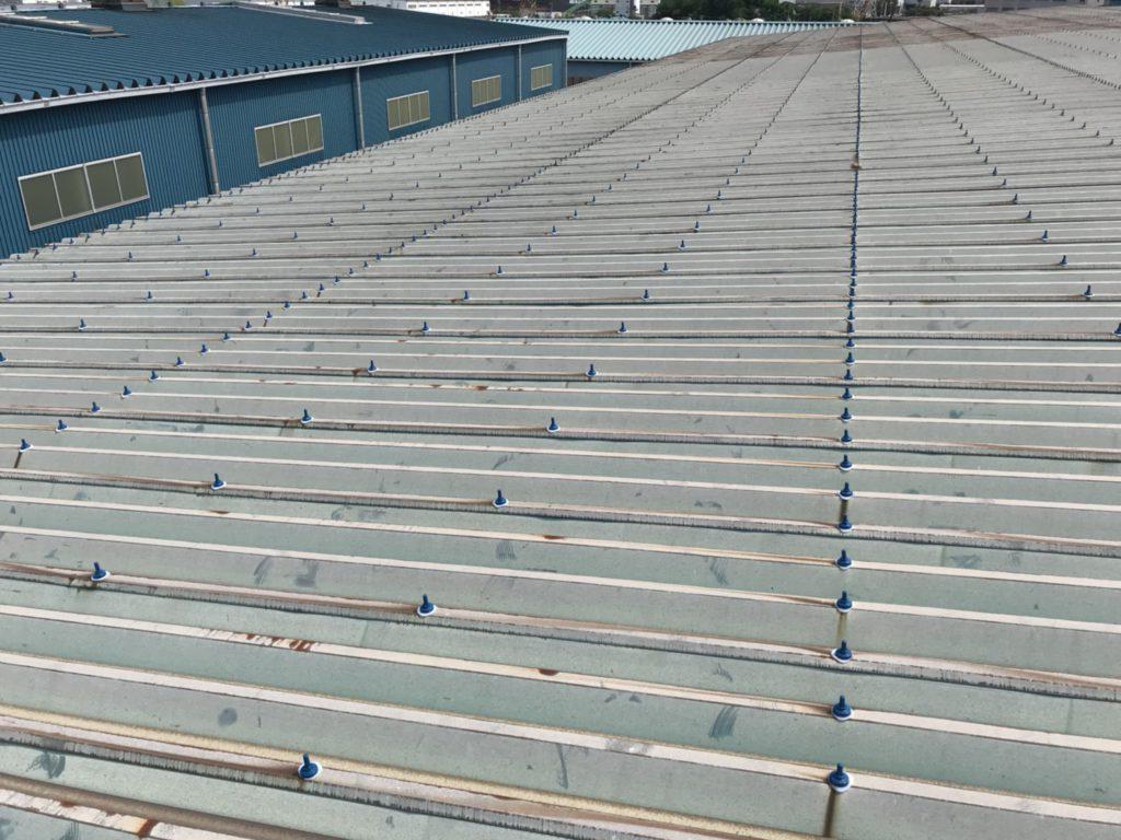 製鋼原料工場、屋根を取り換えずに部分補修で長年の雨漏りをストップ!播磨臨海工業地域<工場再生.com>