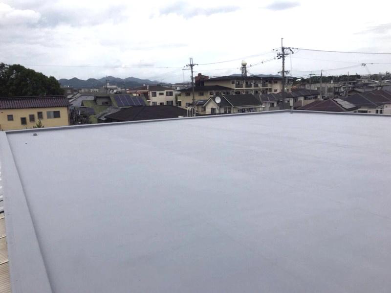 【雨漏り修理】屋上防水改修工事<兵庫県加東市>屋上防水補修工事、ポリマーセメント系水性塗膜防水、シートめくり、不陸調整、プライマー塗布、トップコート